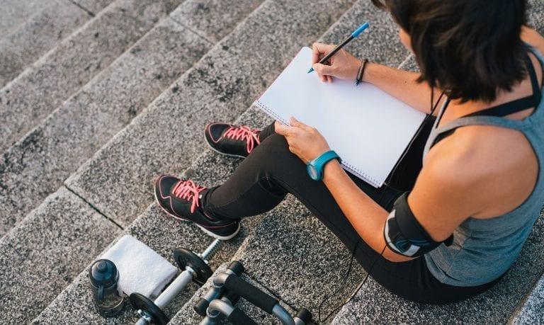 Cum să-ți creezi pas cu pas rutina zilnică ideală și sănătoasă